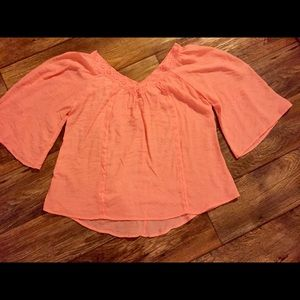 Tops - Peach blouse size small